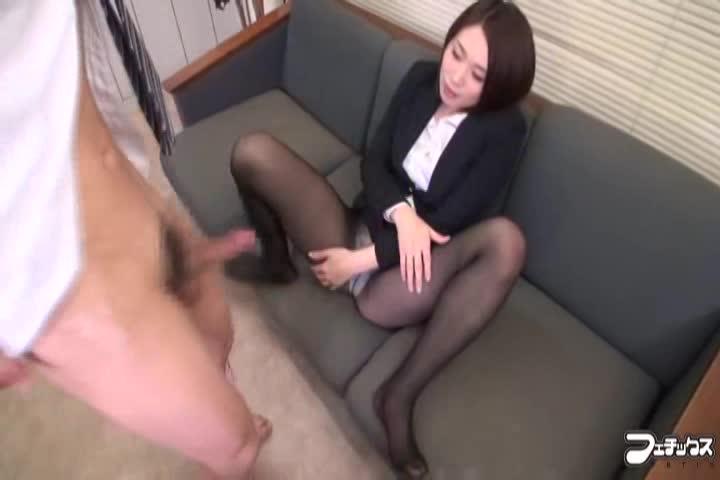 <フェチ動画>黒パンスト...